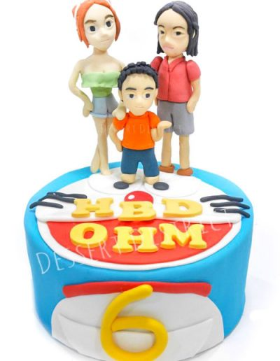 Doraemon and lovely family fondant cake