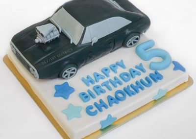Fast and Furious fondant theme cake