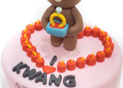 Would you marry me Brown-bear cake